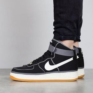 Men's Nike Air Force 1 High 07 LV8 (Size 13)